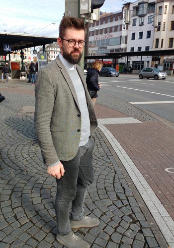 EIn außergewöhnlicher (Tweed)Anzug an einem gewöhnlichen Freitag